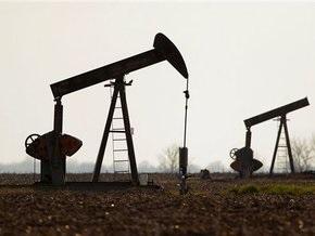 Цена на нефть стабилизировалась на $54,85 за баррель после падения на 1%