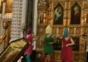 Путин прокомментировал скандальную акцию Pussy Riot в Храме Христа Спасителя