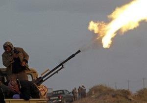Ливийские повстанцы заявили о захвате центра города Эз-Завия
