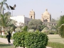 Франция и Евросоюз предлагают Пакистану помощь в расследовании убийства Бхутто