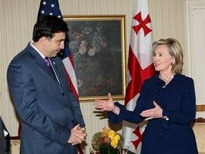 СМИ: Саакашвили и Клинтон обсудили размещение трех военных баз США в Грузии