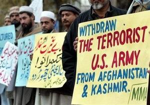 Пакистан возобновляет транзит грузов НАТО в Афганистан и не будет взимать плату