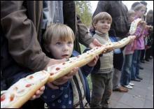 Полтава: бутерброд с салом попадет в книгу рекордов Гиннеса