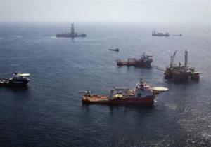 Ураган Бонни больше не мешает BP ликвидировать утечку нефти
