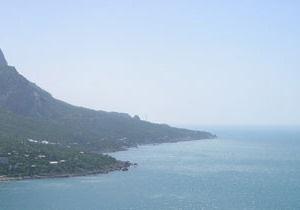 На юге Крыма произошел камнепад