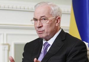 Азарову на Печерском рынке предложили гречку по цене на 50% ниже средней в Украине