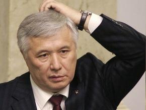 Ехануров посетовал, что контрактники уходят из армии
