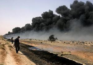 На юге Ирака из-за теракта прекращена добыча нефти на крупнейшем месторождении углеводородов