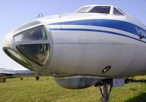Самолет Ту-134 совершил аварийную посадку в Екатеринбурге
