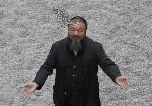 Власти Китая потребовали от художника Ай Вэйвэя более $1,5 млн