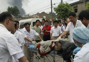В Китае грузовик наехал на автобус и легковушку: одиннадцать погибших