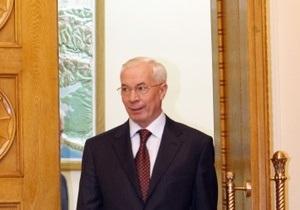 Азаров создал группу по строительству моста через Керченский пролив