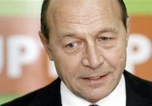 Румынский адвокат пожаловался на президента страны, который якобы ударил его по лицу