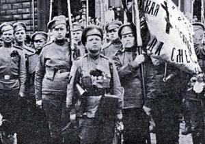 Русская служба Би-би-си: Женские  батальоны смерти  - последняя надежда Керенского