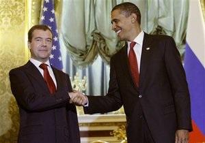 Обама и Медведев готовы говорить о конкретной дате подписания Договора по СНВ