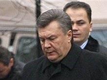 Янукович заявил о политическом преследовании сторонников и люстрации