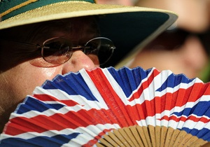 В Британии можно взять дедушку и бабушку напрокат