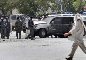 В Афганистане бомба взорвалась рядом со свадебным автобусом. Погибли 11 детей