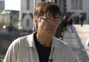 Отец Нади Толоконниковой: Хочу, чтобы она эмигрировала