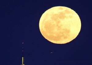 Полнолуние в ночь на 6 мая будет на треть ярче обычного - НАСА