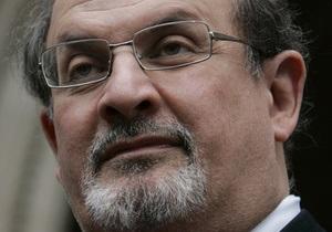 В Иране увеличили награду за голову автора Сатанинских стихов