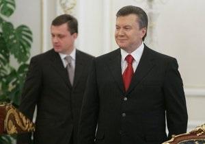 Левочкин о Бандере: Янукович уважает право каждого чтить тех героев, каких желает