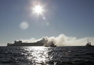 Все пассажиры парома, горевшего возле берегов Египта, спасены