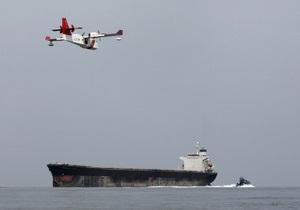 Сингапур предупредил о возможных террористических атаках на танкеры