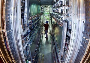 Физики обнаружили еще одно доказательство существования бозона Хиггса