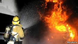 Лос-Анджелес: власти борются с волной  поджогов