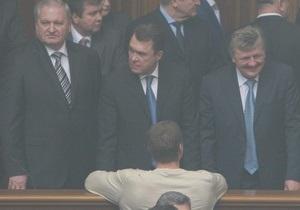 В Партии регионов рассказали, за что Рада уволила вице-премьера