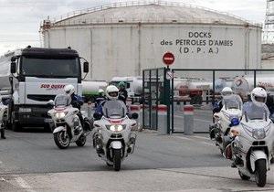 Протесты во Франции: без топлива могут остаться аэропорты Марселя, Ниццы и Лиона