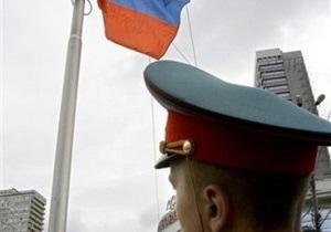 В Москве милиционер, преследуя нарушителя, выстрелил в женщину