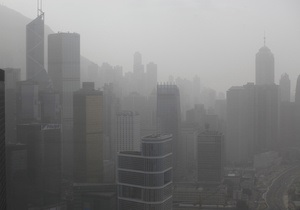 Уровень загрязнения воздуха в Гонконге вдвое превысил норму