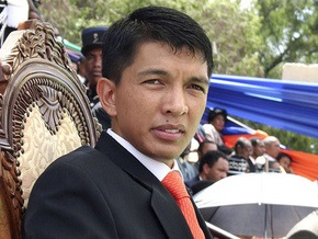Президент Мадагаскара выдал ордер на арест своего предшественника