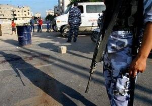 Агенты спецслужб Израиля застрелили палестинца, напавшего на них с топором