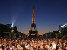 Массовые аресты поджигателей машин идут во Франции
