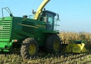 В Полтавской области спавший в кукурузе мужчина попал под комбайн