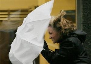 В Украине из-за сильного ветра обесточено 45 населенных пунктов