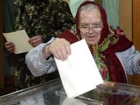 В Ровно члены избиркома испортили три тысячи бюллетеней