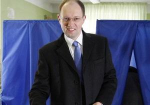 Яценюк: У президентов появляется политический склероз