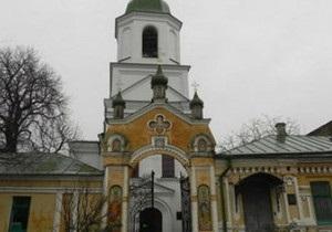 УПЦ МП заявила о захвате неизвестными храма возле Киево-Печерской лавры