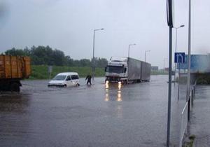 Наводнение на Прикарпатье: Ивано-Франковск готовится к возможной эвакуации населения