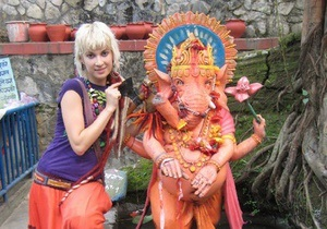Корреспондент: Украинцы все чаще ездят в отпуск в Азию чистить чакры