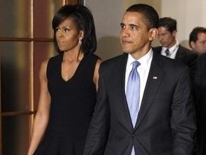 Барак Обама прилетел в Чехию