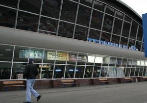 Милиция обещает упорядочить работу такси в аэропорту Борисполь