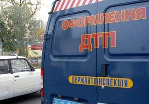 В Черкасской области автобус съехал в кювет, пострадали 11 человек