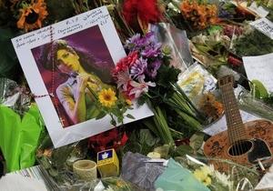 Альбом Эми Уайнхаус стал самым продаваемым в истории британской музыки в 21 веке