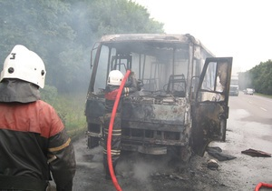 новости Полтавской области - пожар - автобус - В Полтавской области на ходу сгорел дотла пассажирский автобус