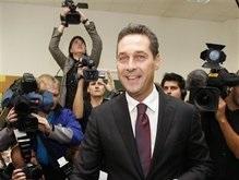Тягнибок поздравил австрийских правых с успехом на выборах